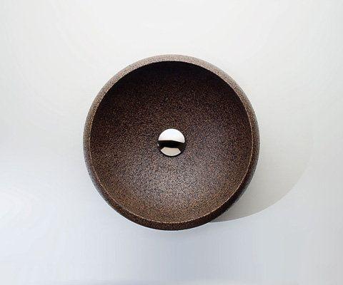 Раковина и аксессуары для ванной из пробки