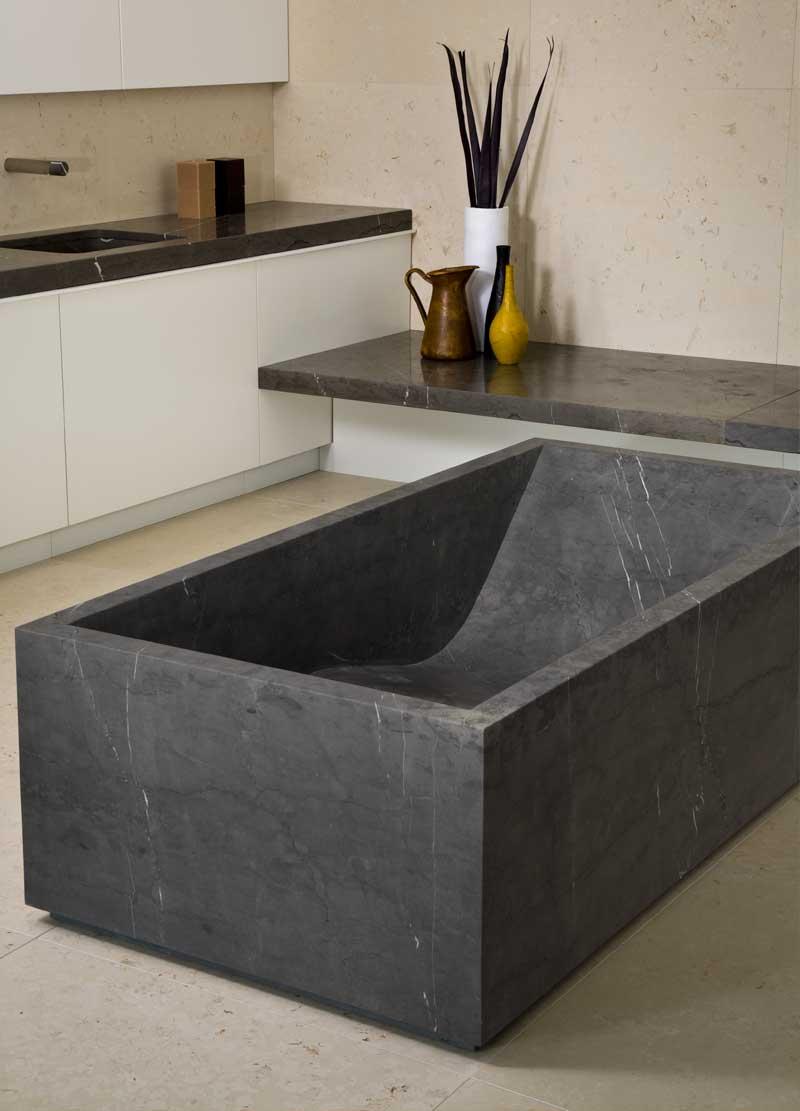 Vaselli ванна из натурального камня