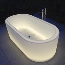 Ванна овальной формы с полупрозраными бортами Antonio Lupi OIO