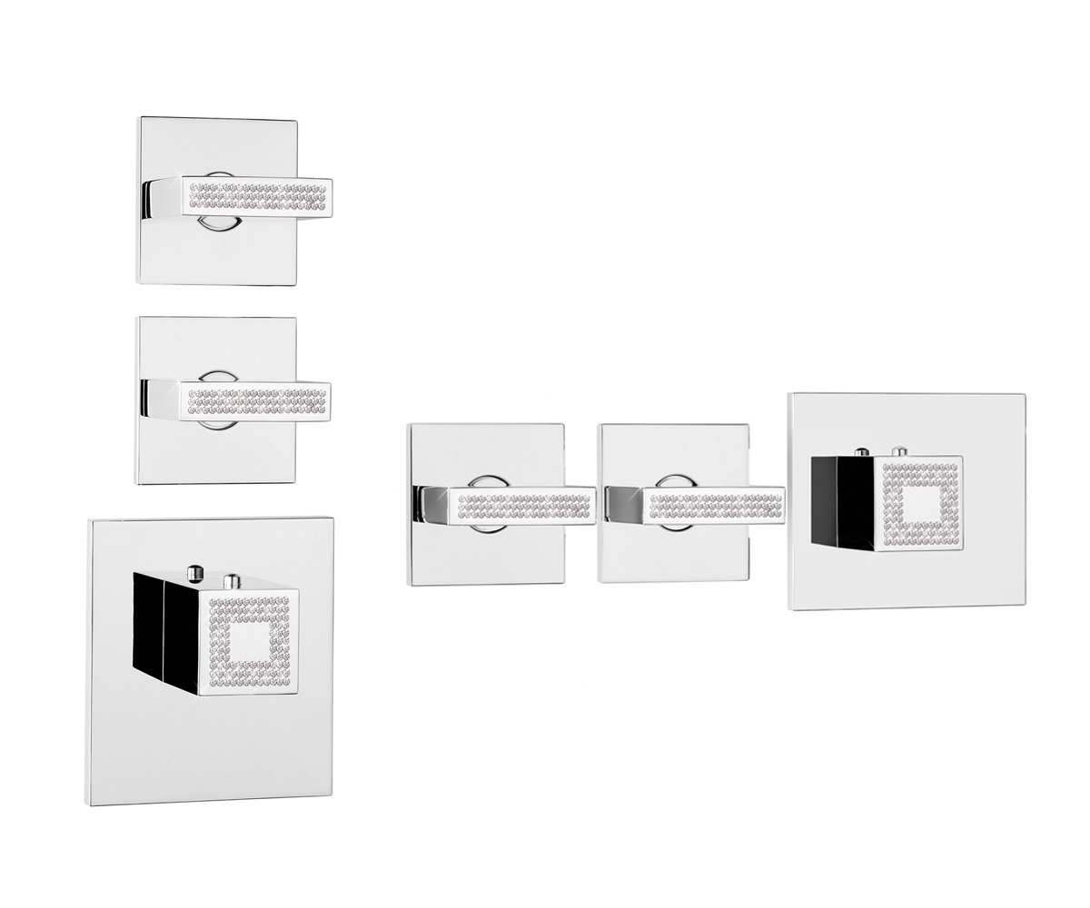 Z033203-050 - Crystal Line Rectangular 2/3 Outlets
